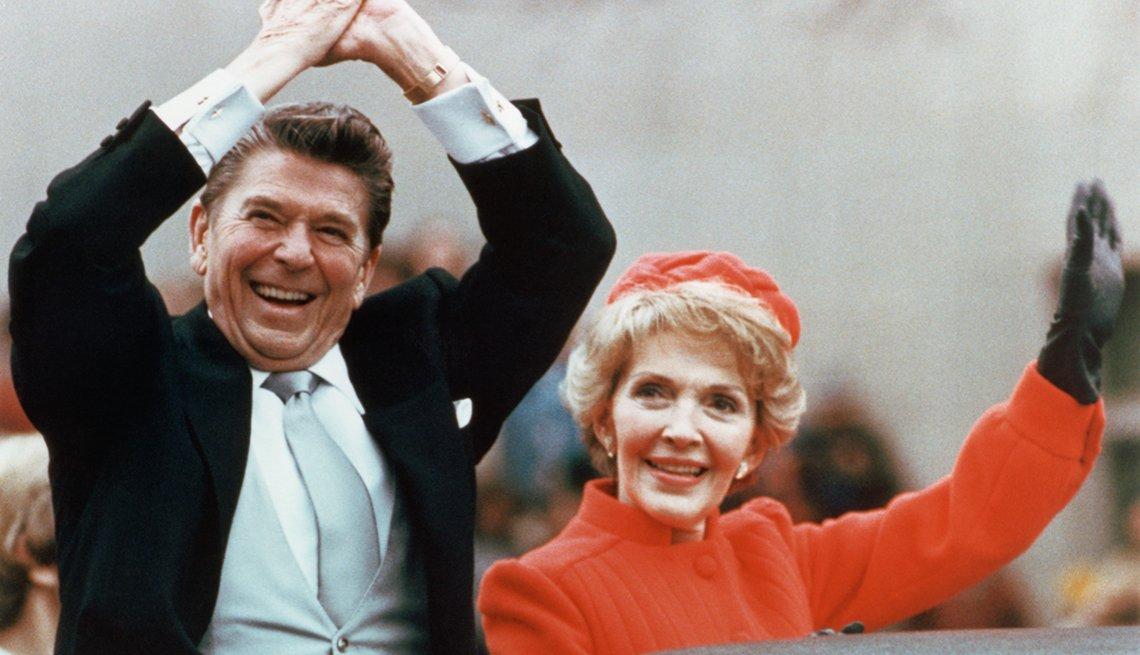 Presidente Ronald Reagan y su esposa Nancy Reagan