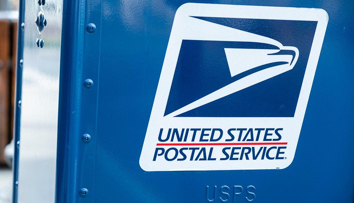 Un buzón azul de la compañía de correo U S P S