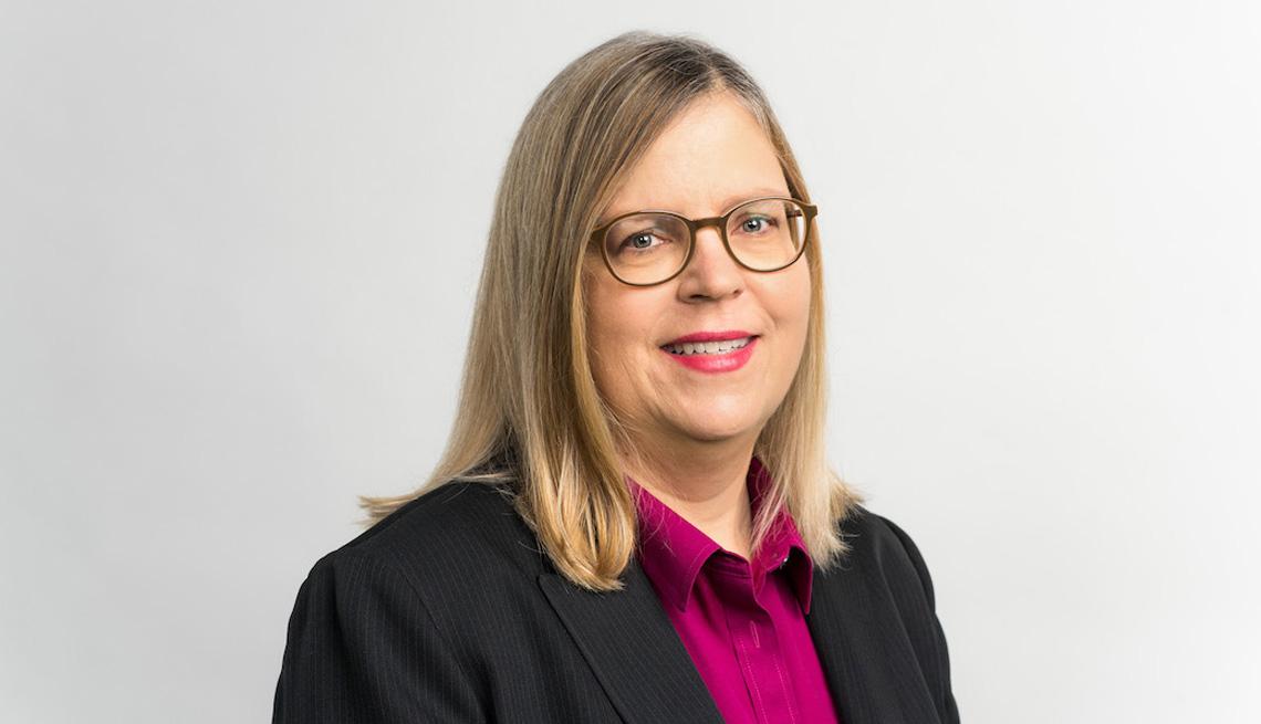 Lori Trawinski