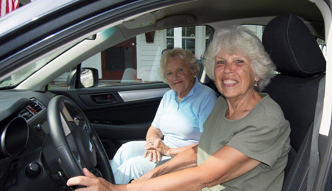 Volunteer Driving Insurance Report Photo