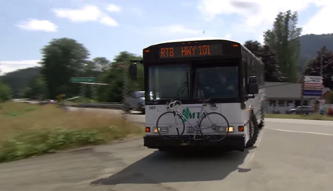 1140-livable-communities-transportation-rural-bus