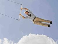 Hombre en trapecio - Crisis de la media edad - Marc Freedman