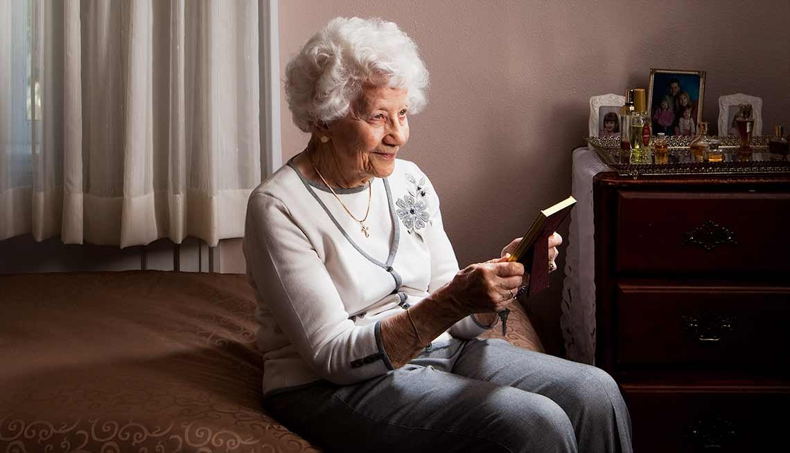 Aarp Life Insurance Program >> Remembered: The Alzheimer's Photography Project