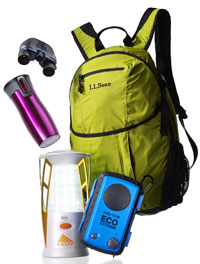 binoculars, backpack and other gift ideas for the outdoors