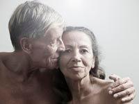 couple-seniors enjoy sex more according to recent survey