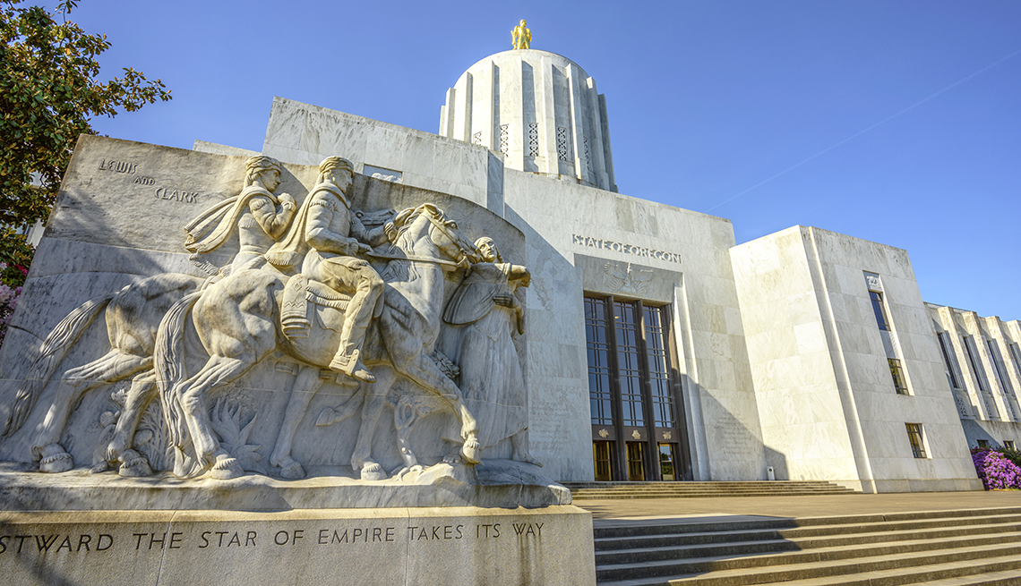 State Capital Building in Salem Oregon, USA