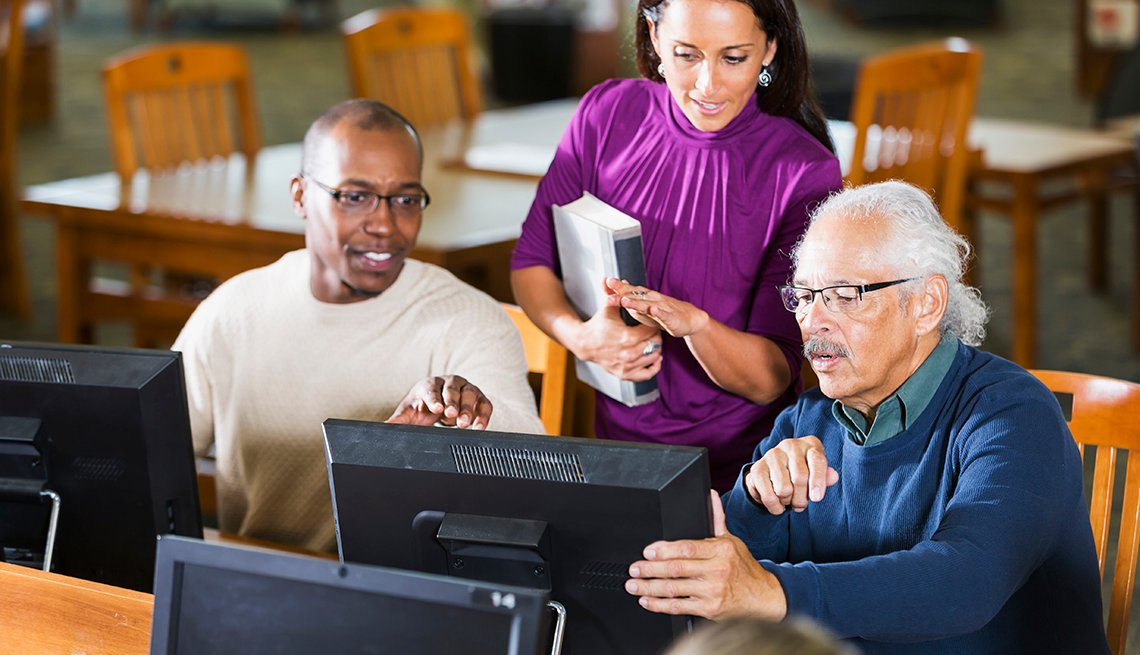 Older Workers Learning Computer Skills