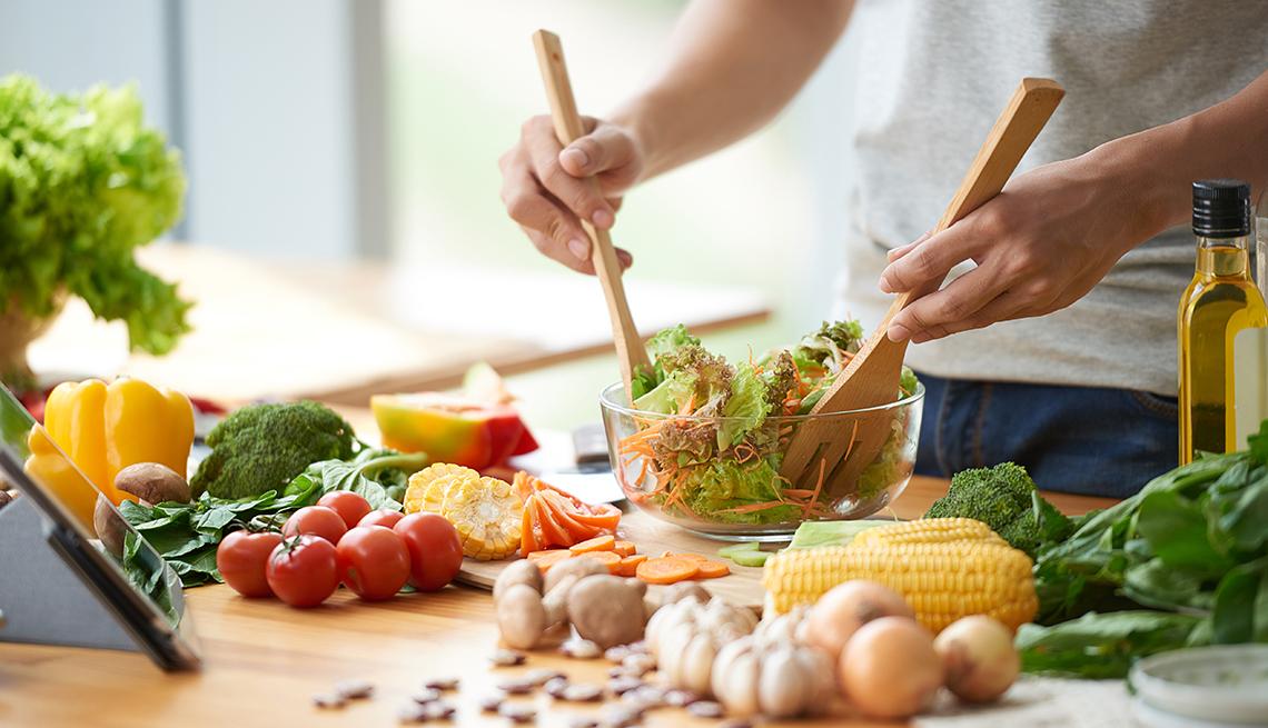 Making a Healthy Salad