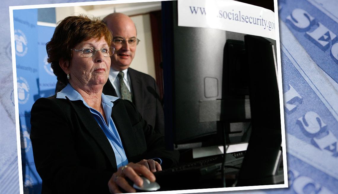 item 7 of Gallery image - Kathleen Casey-Kirschling fue la primera boomer en reclamar los beneficios del Seguro Social.