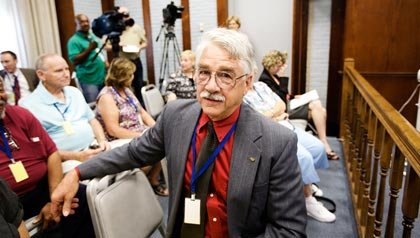 Dean Clough, de ARRP Illinois, alzas en los costos de electricidad