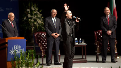 Lee Greenwood sings Proud to be an American at the 20th anniversary of the Persian Gulf War