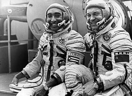 Cosmonauts Arnaldo Tamayo Mendez Yuri Viktorovich 1980