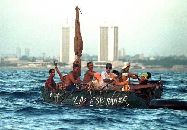 Los cubanos salen de La Habana en un éxodo masivo de 1994.