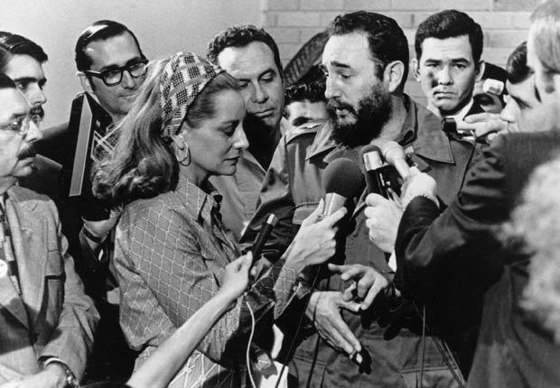 Fidel Castro entrevistado por la periodista estadounidense Barbara Walters, 1975.