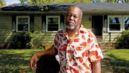 Robert Bennett's name omitted from wife's reverse mortgage forms, HUD sued by AARP