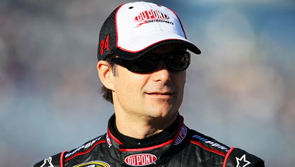 AARP Joins Forces with Jeff Gordon, NASCAR to Combat Hunger