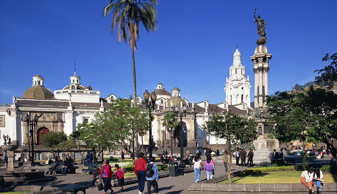 Independence Plaza, Quito, Ecuador, Sunny Places to Go This Winter