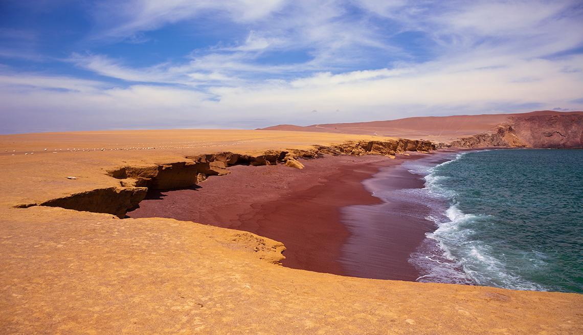 item 13 of Gallery image - Playa Roja