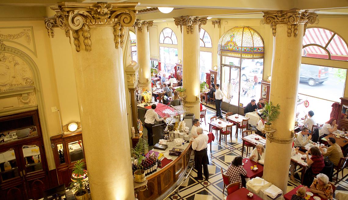 item 3 of Gallery image - Café Las Violetas