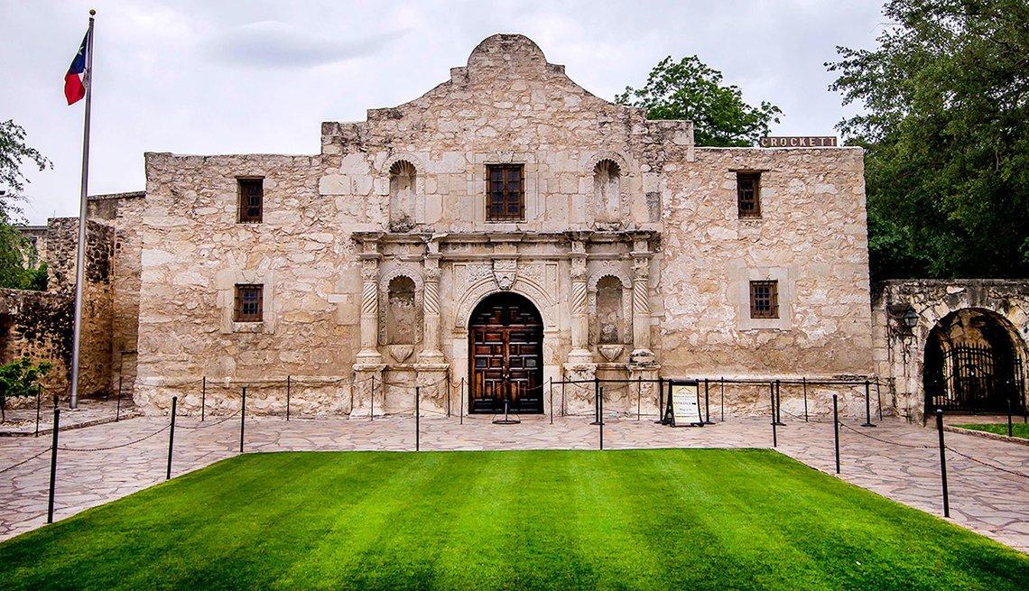 El Alamo en San Antonio, Texas - 10 ciudades para los aficionados a la historia