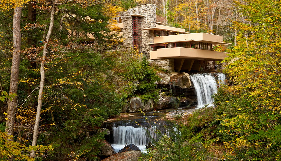 Fallingwater, Frank Lloyd Wright - Edificios incomparables en Estados Unidos