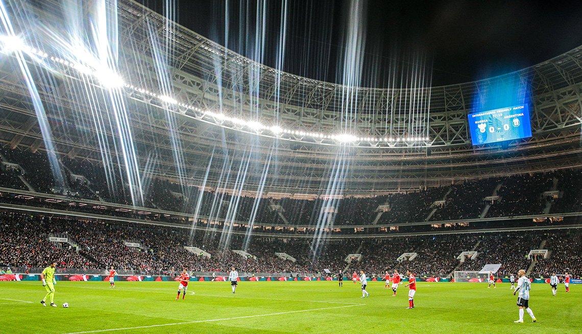 Partido entre Rusia y Argentina en el estadio de fútbol Luzhniki en Moscú, Rusia.