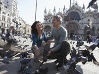 Pareja en Venecia- vacaciones con un presupuesto reducido