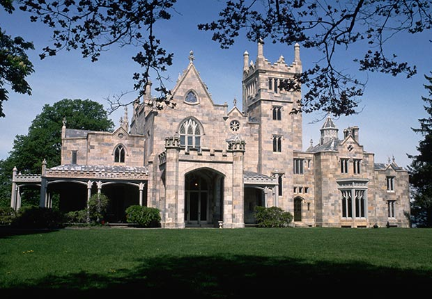 Lyndhurst Castle, Tarrytown, New York, 10 Castles to Visit in America
