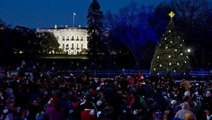 La iluminación del árbol de Navidad Nacional cerca de la Casa Blanca.