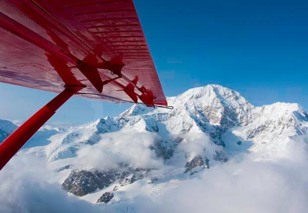 Volar por el Monte. McKinley, Parque Nacional Denali, Alaska, Frommers hermosas montañas