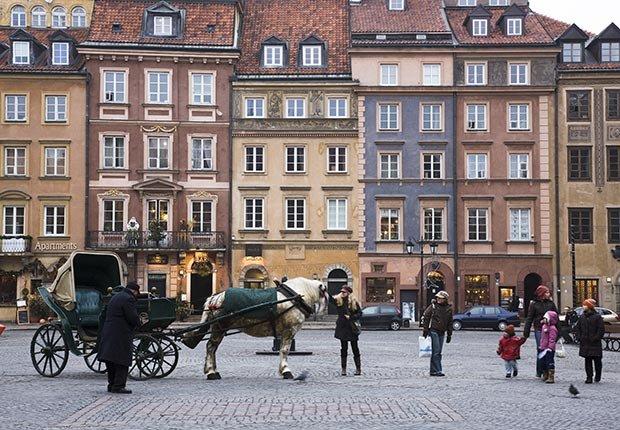 Plaza de la Ciudad Vieja de Varsovia, Polonia - Las mejores vacaciones a un buen precio para el 2014