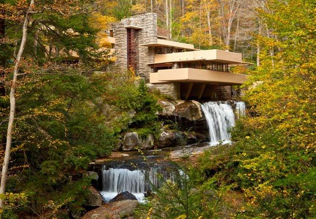 Frank Lloyd Wright Falling Water in Pennsylvania, los edificios más extraños de América