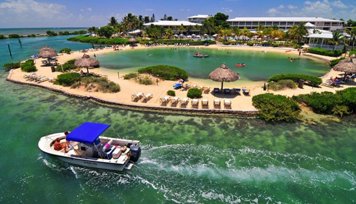 Hawks Cays Saltwater Lagoon, 10 grandes piscinas de hoteles en los Estados Unidos