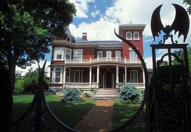 Residencia de Stephen King - Casas o sitios donde dejaron huella escritores famosos