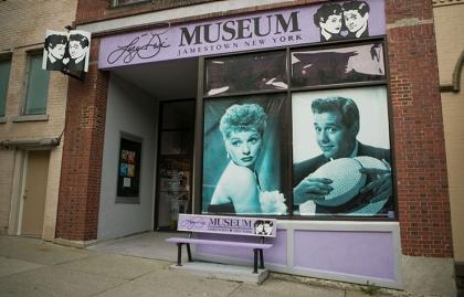 Atracciones turísticas que resaltan la cultura hispana - Lucy Desi Museum