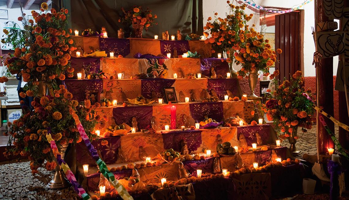 item 8 of Gallery image - Ciudades en donde conmemoran el Día de los Muertos