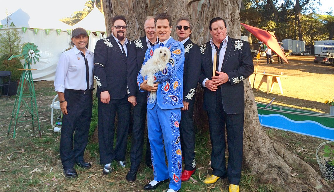 chris isaak and his band on the road