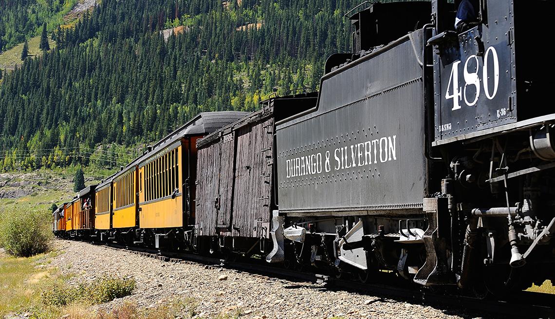 Tren que va entre Durango y Silverton, Colorado.