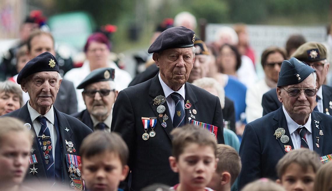 WWII veterans in Normandy