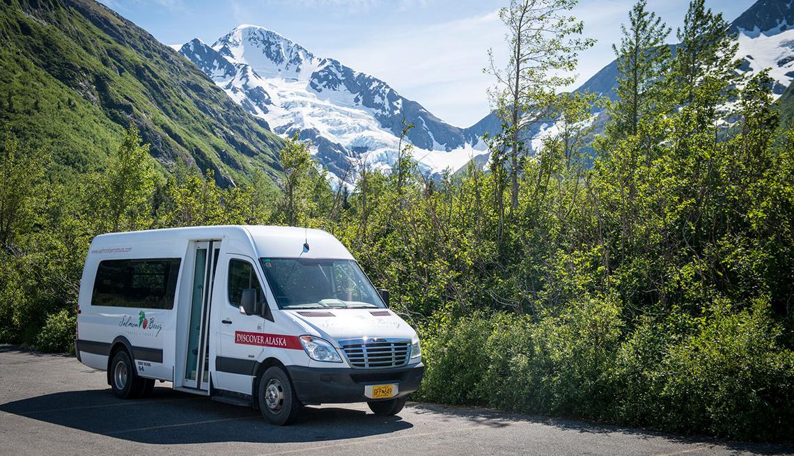 Discover Alaska tour bus