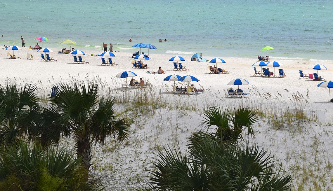 item 4 of Gallery image - beach goers at Pensacola Beach, FL