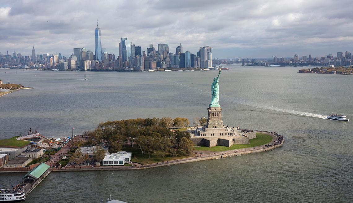 Vista aérea de la Estatua de la Libertad en Nueva York