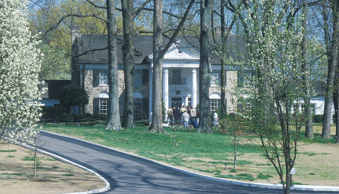 Entrada a Graceland hogar de Elvis Presley Memphis TN