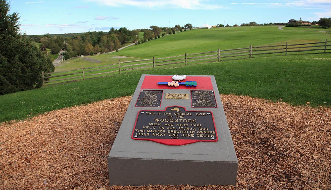 Monument of the 1969 Woodstock Music Festival
