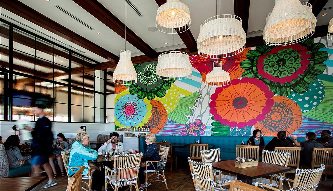 El comedor de Paul's Landing, el restaurante más nuevo de Vinoy