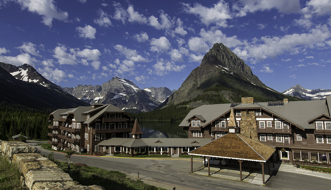 5 National Park Lodges in the West