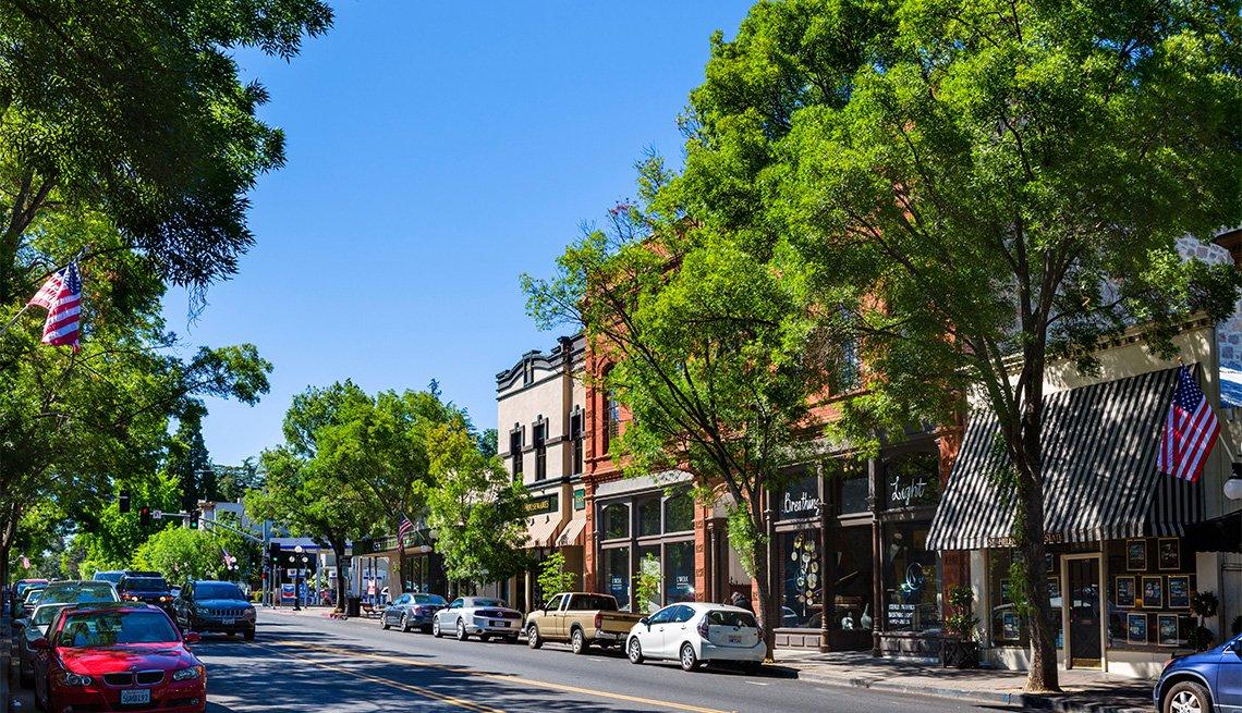 Calle principal en Santa Helena, Napa Valley, California