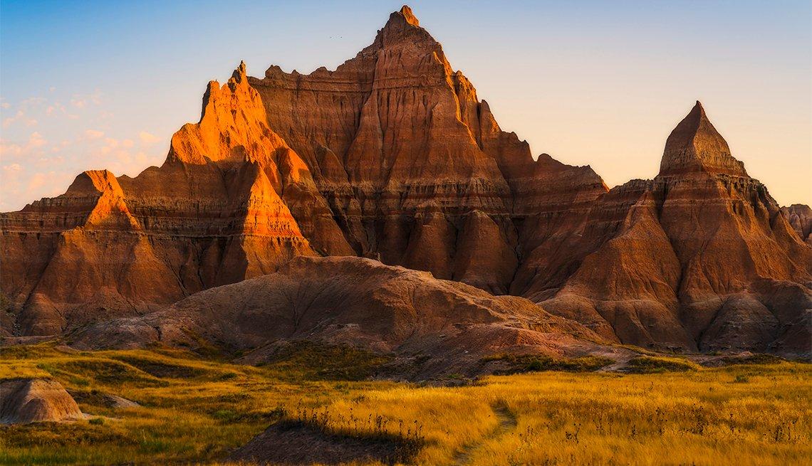 Paisajes al atardecer en el Parque Nacional Badlands.