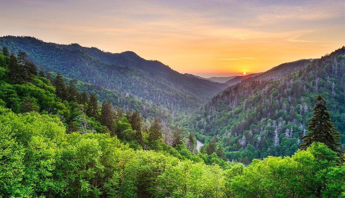 item 3 of Gallery image - Falla geológica en las Smoky Mountains
