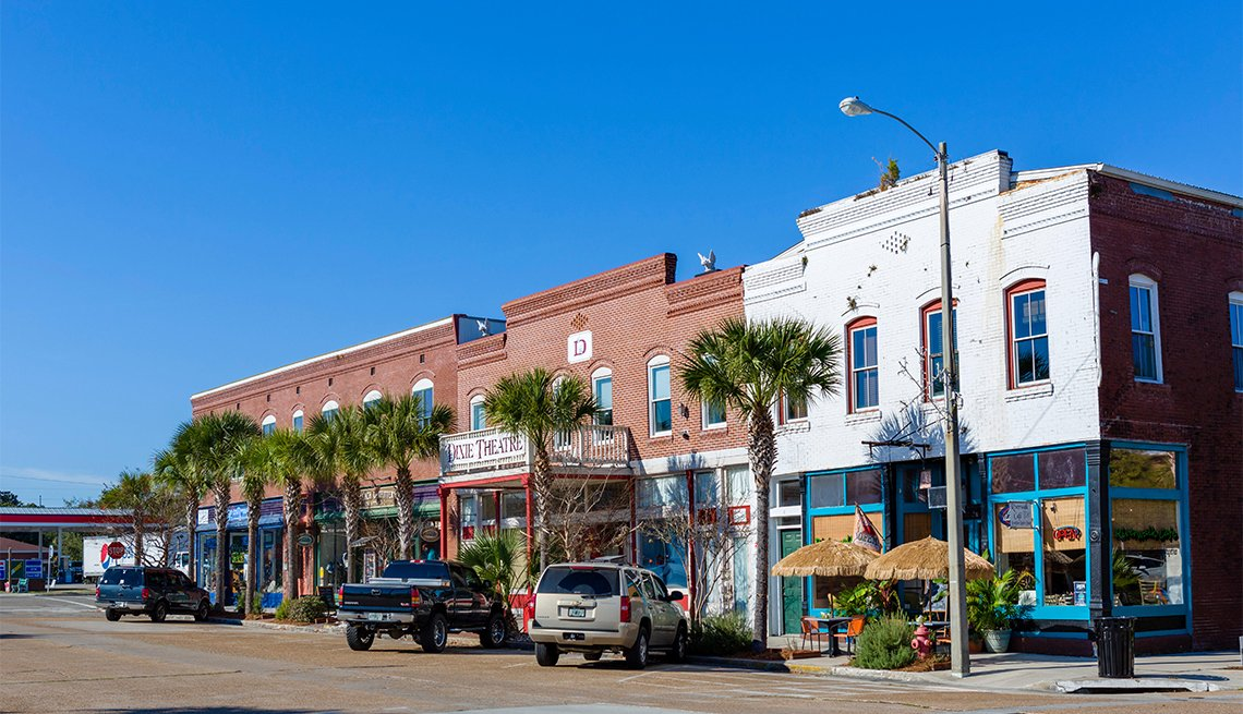 Avenue East in historic downtown Apalachicola, Franklin County, Florida